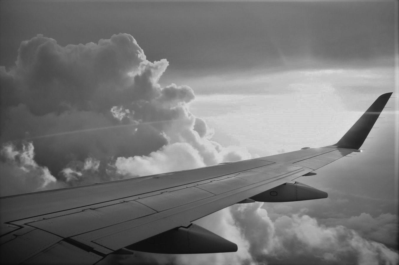 """TGS Baltic konsultavo """"Avia Solutions Group"""", struktūrizuojant ir išleidžiant 300 mln. USD nominalios vertės obligacijų emisiją"""